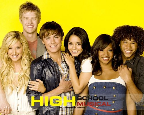 High School Musical 3 wallpaper possibly with a bridesmaid and a portrait titled hsm 3
