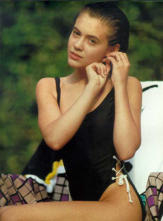 Alyssa milano bild foto nackt photo 44