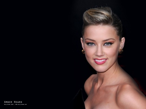 Amber :) - amber-heard Wallpaper