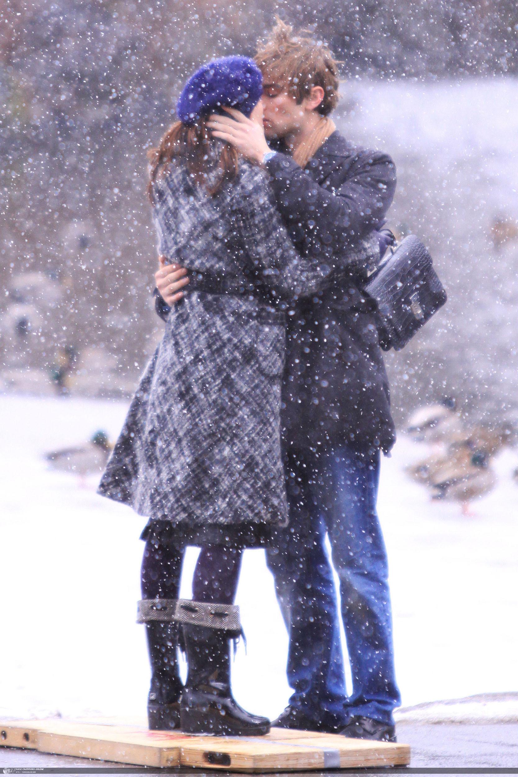 Девушка и парень снег зима фотосессия