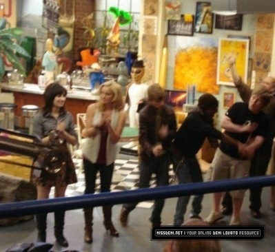 Behind the scenes of Sonny with a chance