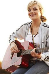 Caitlin Crosby wallpaper containing a guitarist titled Caitlin Crosby