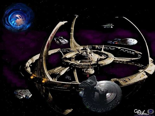 Deep Space 9 - star-trek-deep-space-nine Wallpaper
