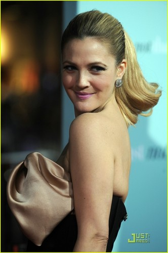 Drew Barrymore @ He's Just Not That Into You Premiere