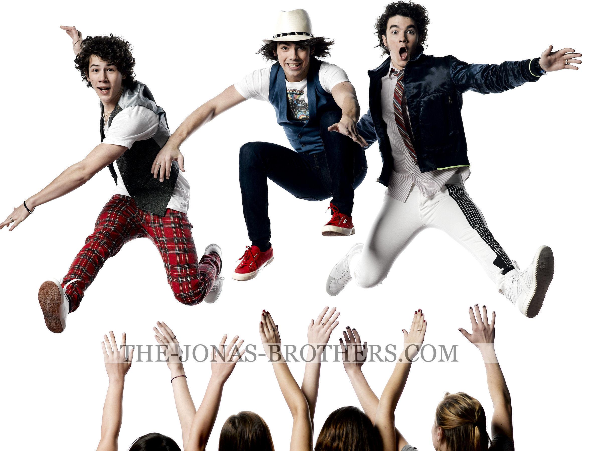 Jonas Brothers - The Jonas Brothers Wallpaper (3962113) - Fanpop: http://fanpop.com/spots/the-jonas-brothers/images/3962113/title/jonas-brothers-wallpaper