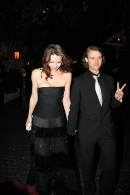 Leaving the istana, chateau Marmont after the SAG Awards - 2009. 01. 25.
