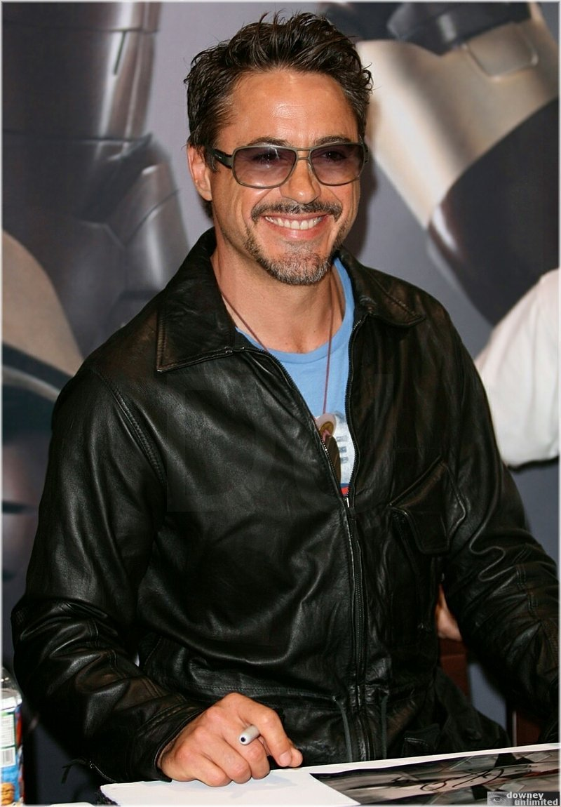 Robert Downey Jr. - Picture Colection