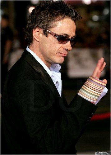 Robert =]