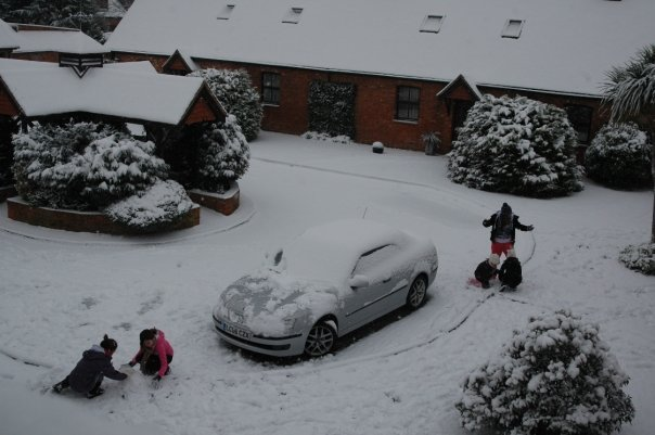 SNOW jour - Reading, England Feb 2009