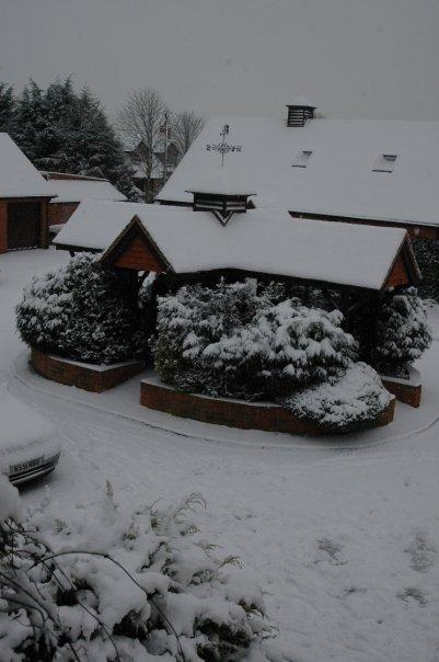 SNOW araw - Reading, England Feb 2009