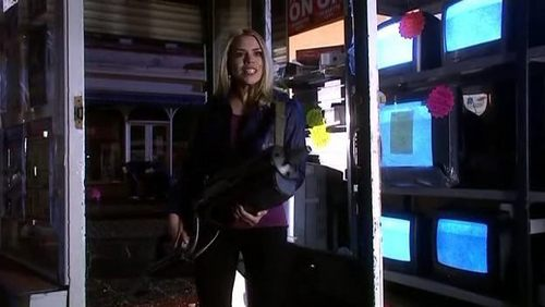 4x12 Stolen Earth Screencap [Rose Tyler] - rose-tyler Screencap