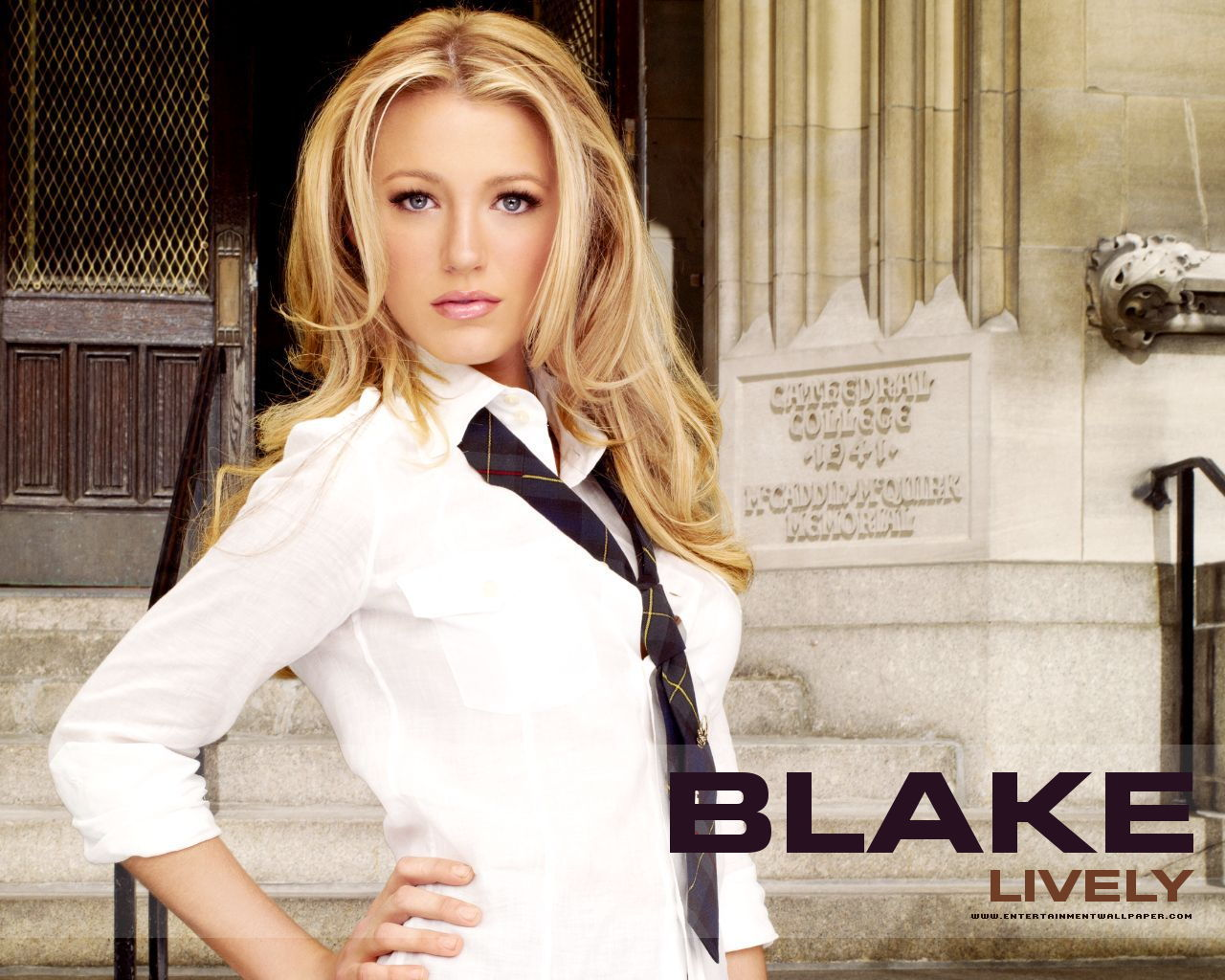 http://images2.fanpop.com/images/photos/4000000/Blake-Serena-gossip-girl-4007248-1280-1024.jpg