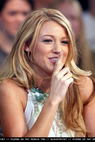 Blake Lively wallpaper containing a portrait titled Blake