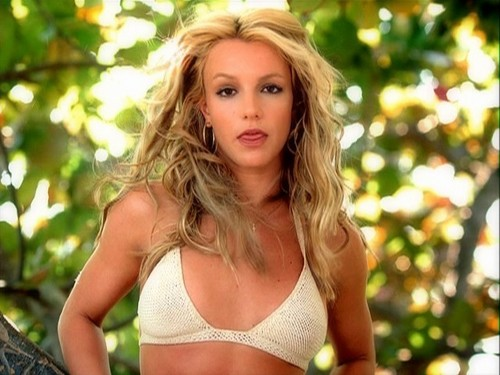 Don-t-Let-Me-Be-The-Last-To-Know-britney