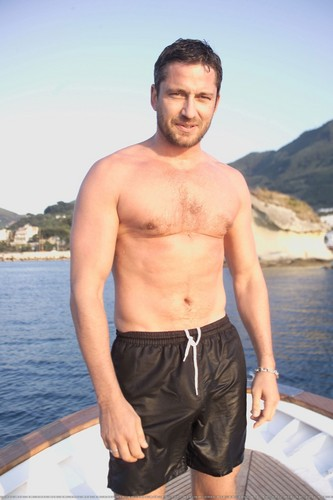 Gerard Butler wallpaper containing swimming trunks and a hunk titled GB