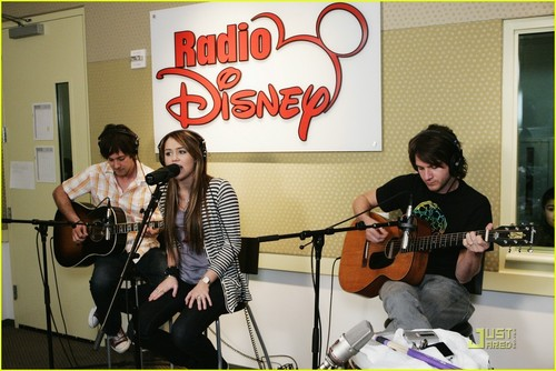 Miley @ Radio Disney