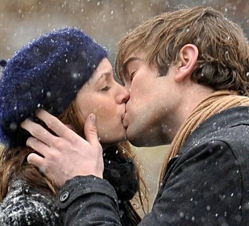Famous Kisses wallpaper called (: