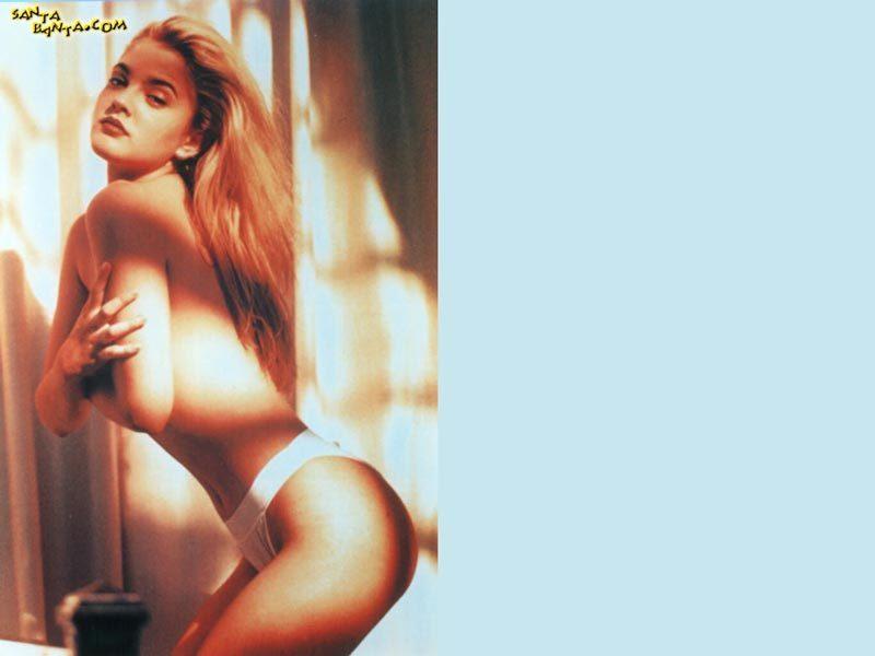 Drew Berrimore / Дрю Бэрримор Голая Фото