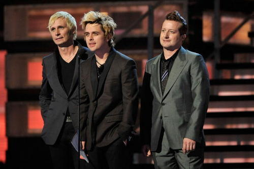 Green दिन Presenting @ the 51st Grammy Awards 2009