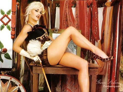 Gwen Stefani wallpaper possibly with bare legs, hosiery, and a hip boot called Gwen Stefani
