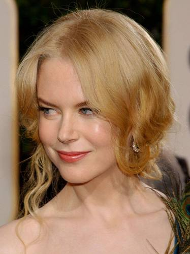 Nicole Kidman پیپر وال containing a portrait entitled Nicole