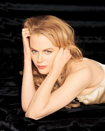 Nicole Kidman wallpaper containing skin and a portrait called Nicole