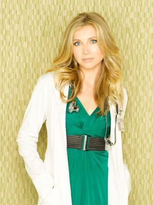 Sarah Chalke wallpaper possibly with a blouse called Sarah Chalke