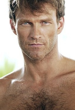 ट्रू ब्लड वॉलपेपर with a hunk, skin, and a portrait called Shirtless Stephen Moyer (Bill Compton)