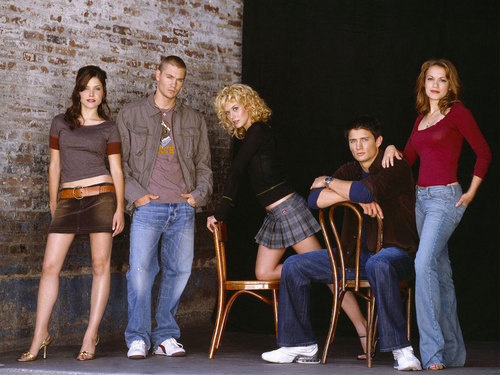 One Tree Hill wallpaper entitled The OTH Cast