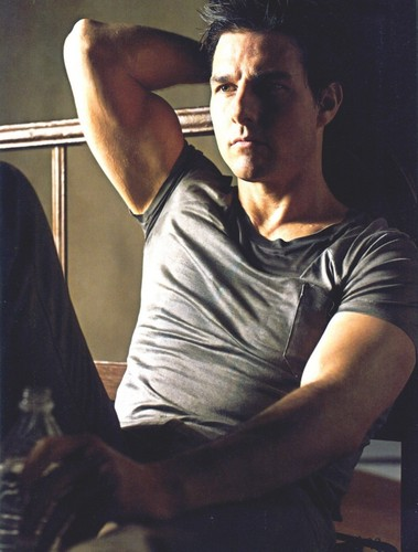 Tom Cruise Details magazine photoshoot
