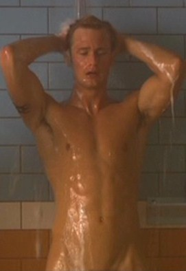 True Blood fond d'écran containing a hunk, a six pack, and skin called Wet Alex Skarsgard (Eric Northman)