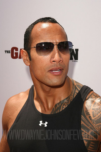 "Dwayne ""The Rock"" Johnson wallpaper possibly containing sunglasses called Dwayne <3"