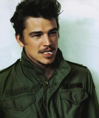 http://images2.fanpop.com/images/photos/4200000/Josh-3-josh-hartnett-4279851-323-385.jpg