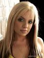 Kristen McNamara चोटी, शीर्ष 36