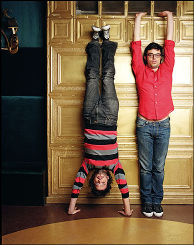 Flight of the Conchords wallpaper entitled Upside Down, Right side up