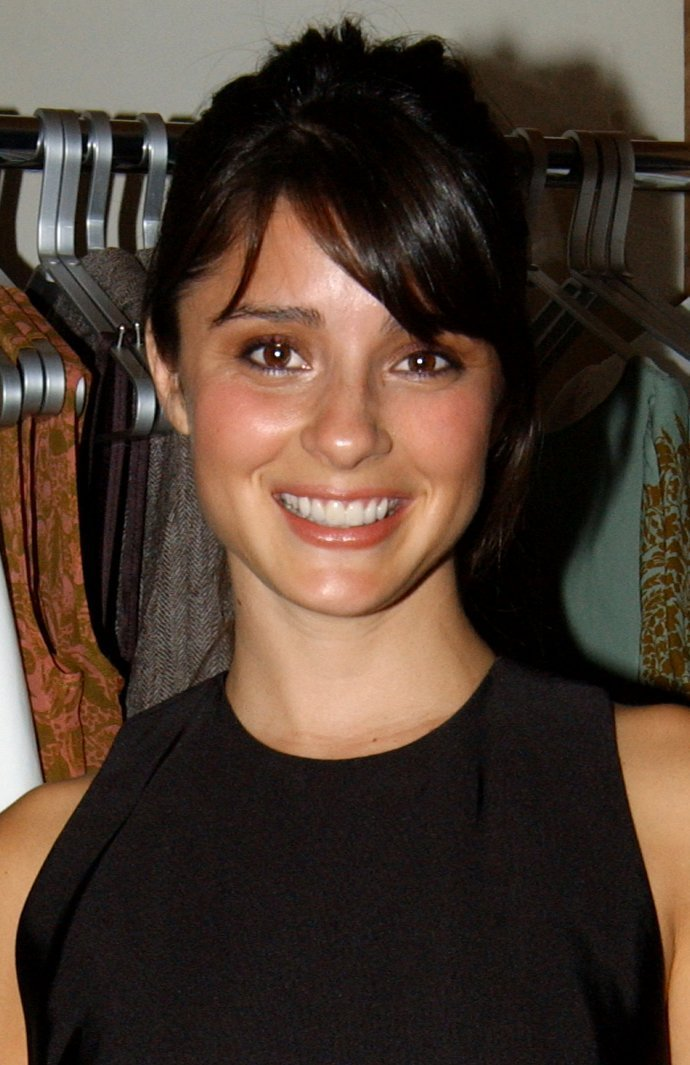 2006 Aura Boutique Opening Shiri Appleby Photo 4314965