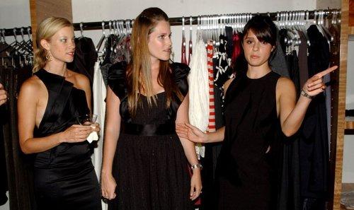 2006 Aura Boutique Opening