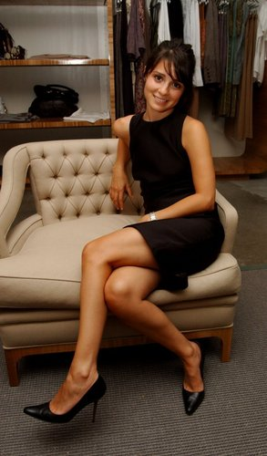 2006 Aura Boutique