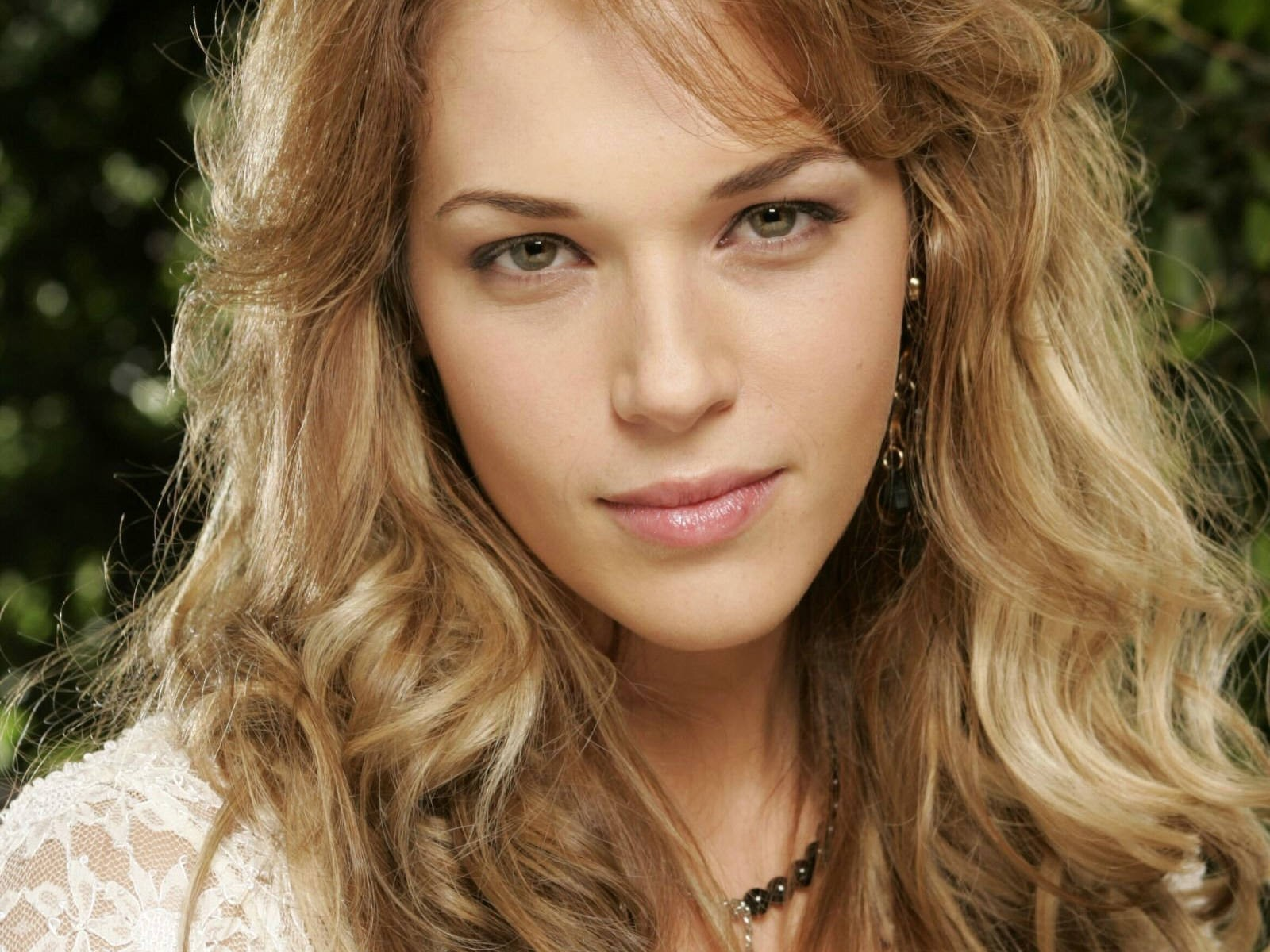 Amanda Righetti - Images Colection