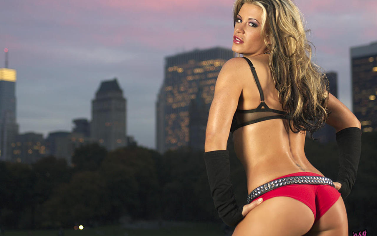 Ashley-Massaro - WWE Divas 1280x800