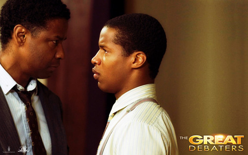 Denzel Washington wallpaper containing a business suit, a suit, and a dress suit entitled Denzel Washington