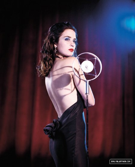 How To Become A Cabaret Singer