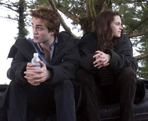 Robert Pattinson and Kristen