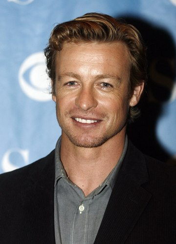 साइमन बेकर वॉलपेपर containing a business suit, a suit, and a three piece suit entitled Simon Baker