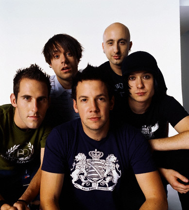 Simple Plan wallpaper containing a jersey called simple plan