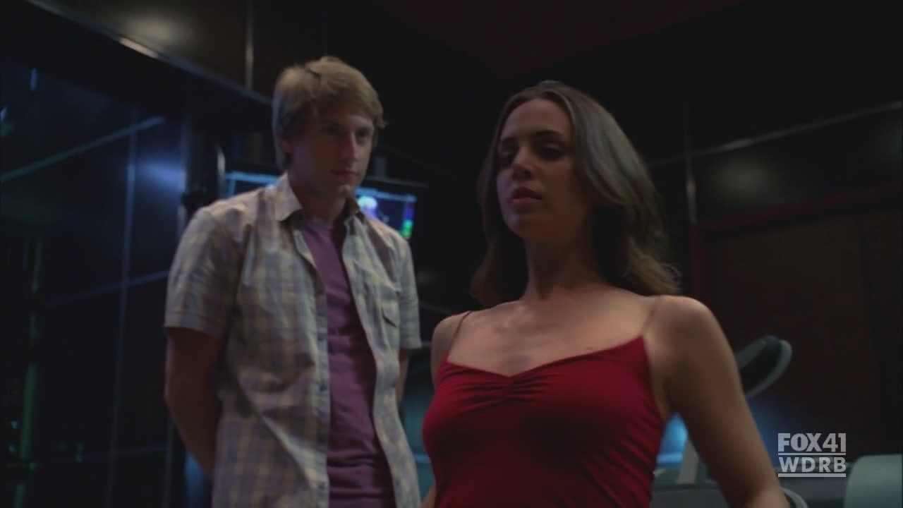 1x02 The Target