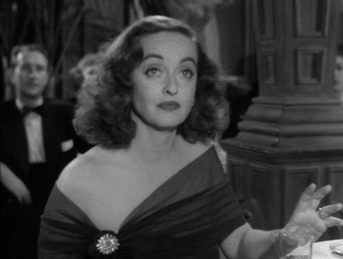 Bette in 'All About Eve' - bette-davis Screencap