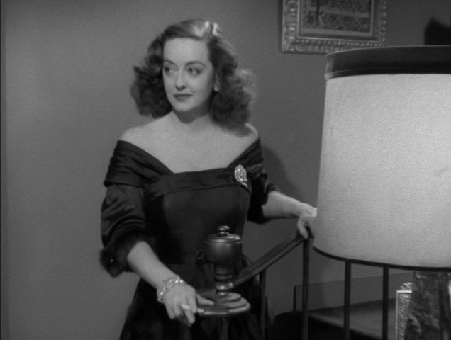 bette in 39 all about eve 39 bette davis image 4476961. Black Bedroom Furniture Sets. Home Design Ideas