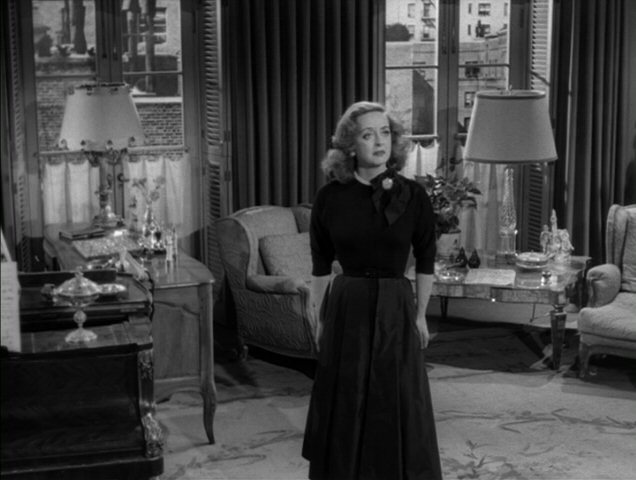bette in 39 all about eve 39 bette davis image 4477076. Black Bedroom Furniture Sets. Home Design Ideas
