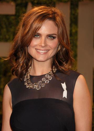 Emily Deschanel @ 2009 Vanity Fair Oscar Party